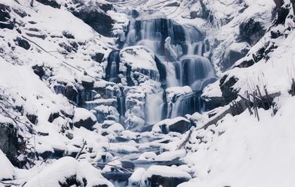 """Результат пошуку зображень за запитом """"водопад шипот зимой"""""""