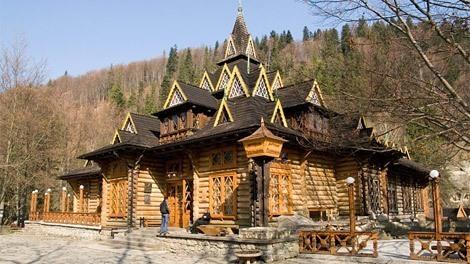 Ресторан-музей Гуцульщина в городе Яремче - GUIDE.KARPATY.UA